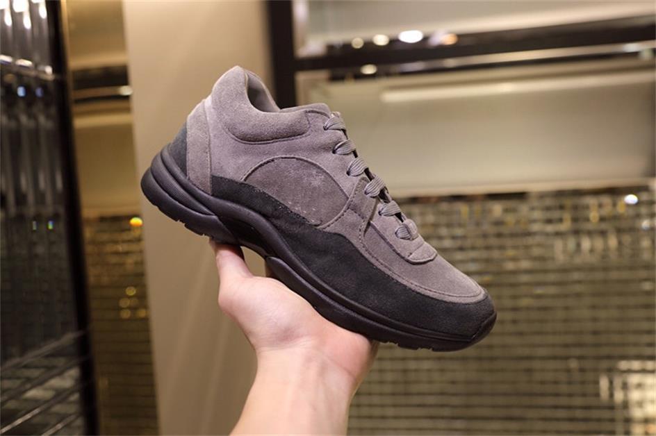 donne in pelle bianca di moda scarpe casual scarpe da tennis del Mens ricamo in vera pelle di pitone formatori Classic scarpe da ginnastica ricamato Amore