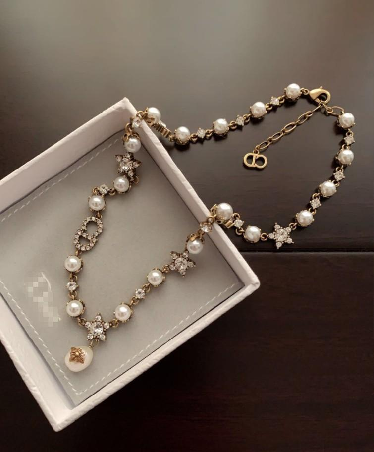 2020 New women Pearl Necklace Exquisite design Hot sell high quality with box Hot sell fashion beautiful luxury free shipping 0624116