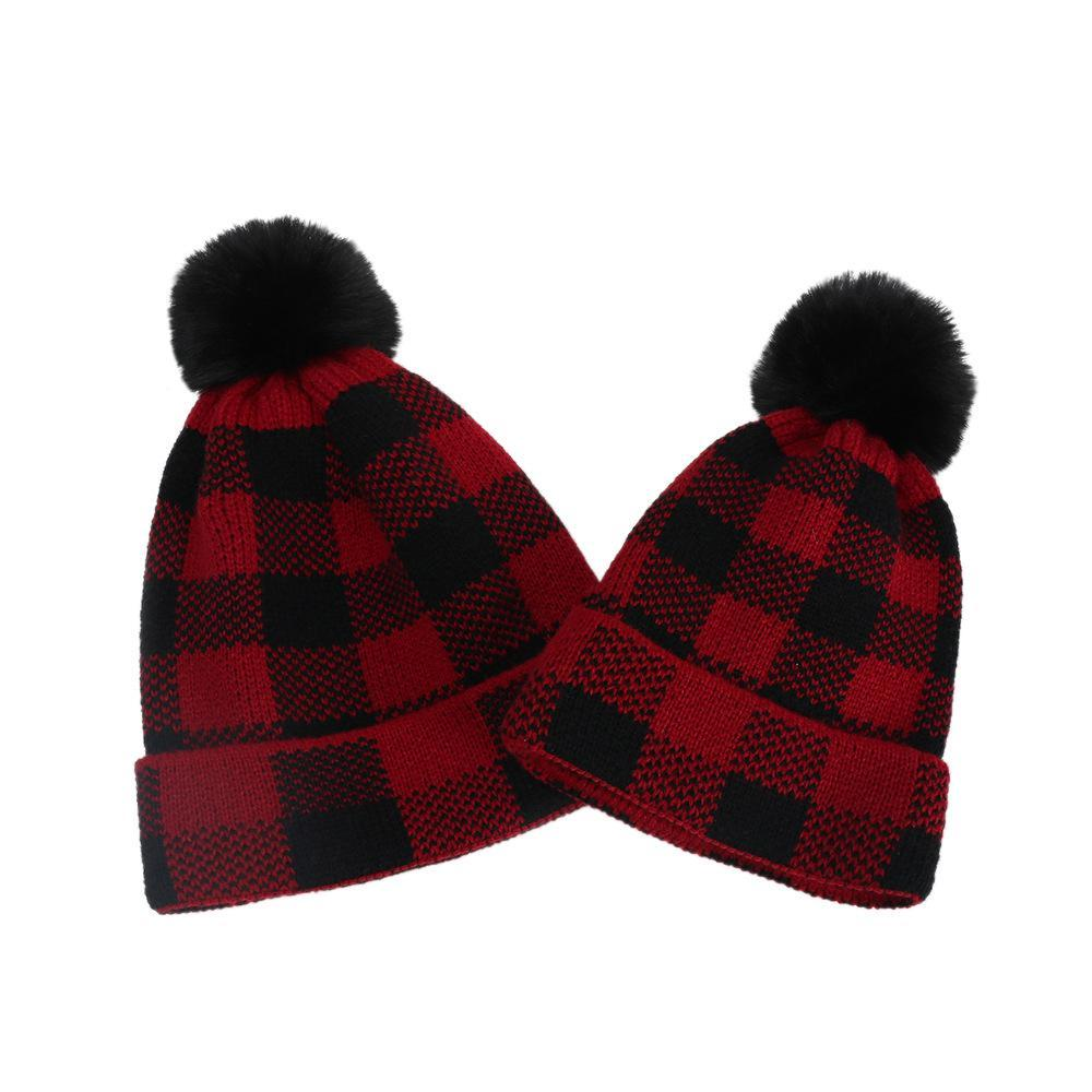 Plaid Parent-child Beanies Baby Moms Winter Knitted Hats Warm Crochet Skulls Caps Outdoor Pom Pom Beanie Fur Ball Hats GGA3774