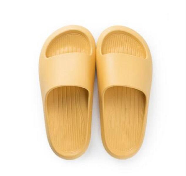 Kadın Sandalet Chaussures Beyaz Siyah Sarı Kırmızı Slaytlar Terlik Bayan Yumuşak Rahat Ev Otel Plaj Terlik Ayakkabı Boyutu 35-40 07