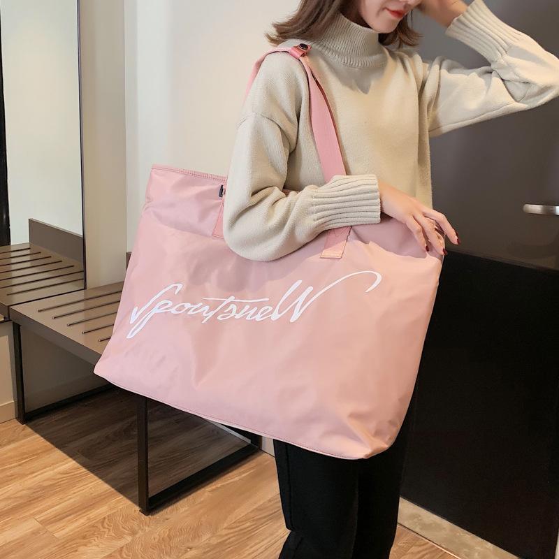 Емкость Одиночная сумка Женщина Светлая сумка Багаж Большие Путешествия Простая Yoga Fitness KDFIA