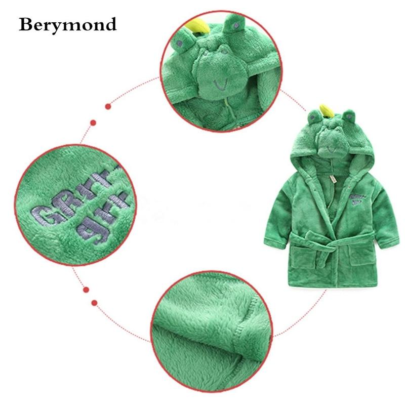 Berymond Children's Bebê Robe Com Capuz Flanela Pijamas Dress Bathrobes Crianças Banho Macio Banho Vestes Poncho Toalha Roupas Y200325