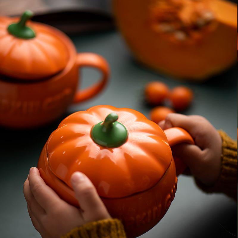300/500 / 800ml Kreative Kürbis Kaffeetasse Keramik Tasse Milch mit Deckel Frühstück Haferflocken Joghurt-Becher Lustige Halloween-Geschenke für Kinder