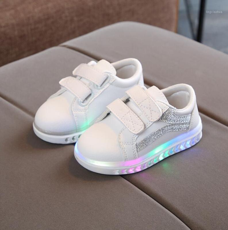 Nouveaux chaussures de sport enfant 2020 printemps lumineux mode respirant enfants garçons chaussures nettes chaussures filles baskets avec lumière en cours d'exécution1