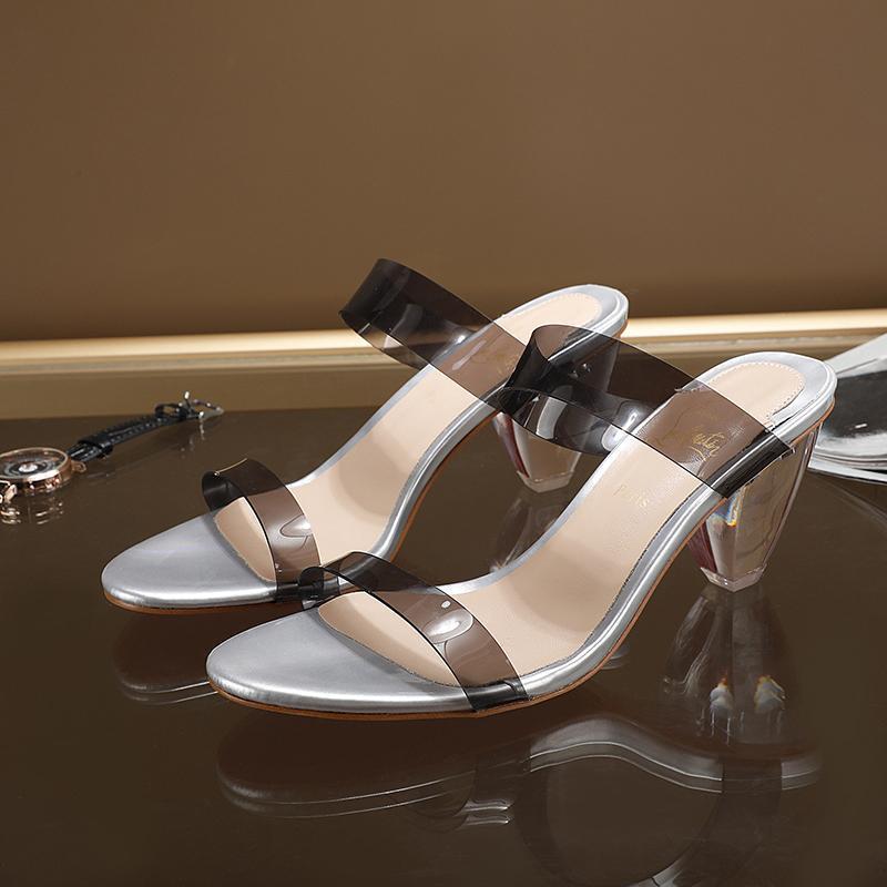 Сексуальные дамы каблуки лето роскошь дизайнеры женские красные днищие сандалии тапочки сандалии партии свадебное платье прозрачное коническая пятка