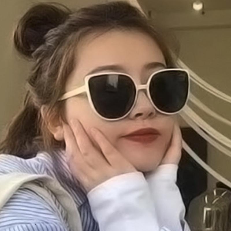 2021 Nuovi occhiali da sole da uomo e da uomo colorati da uomo e da donna
