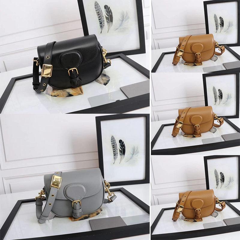 2021 New Handbag Senhoras Messenger Bag Portátil Retro Ombro Bag Tramp Moda Duffel Saco Preto e Branco DB13