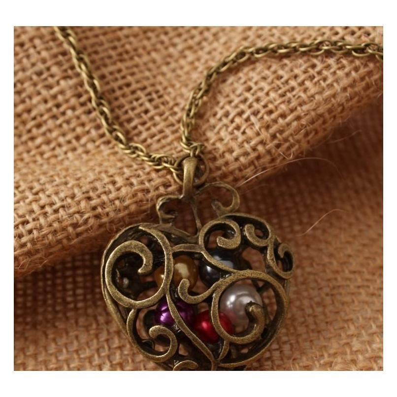 Explosive Jewelry Boutique Retro Hollow Peach Heart Carved Colorful Beads Necklace Sweater Chain Whol sqckAE homes2007
