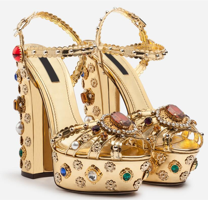 Photos de vraies photos femme Diamants colorés de luxe Perles de perles Haute plate-forme Heel Heel Chunky Sandal Sandal Sandal Femme Plateforme Gold