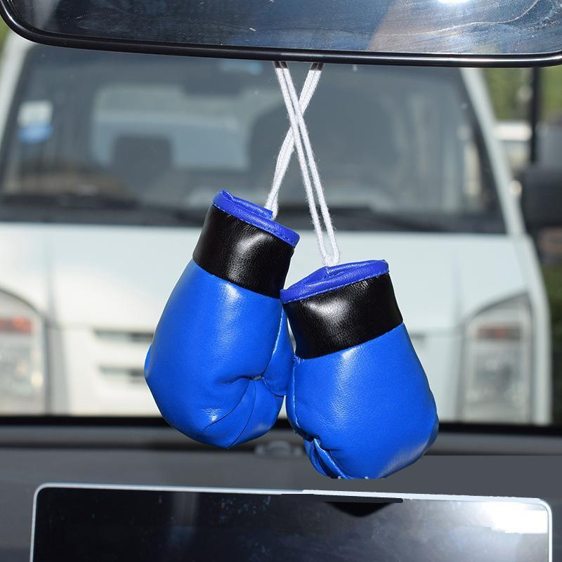 Auto guantes de boxeo 2 piezas de coches espejo colgado colgante de cuero PVC Decoración colgante del bolso Araba Aksesuar coche Accesorios Interior