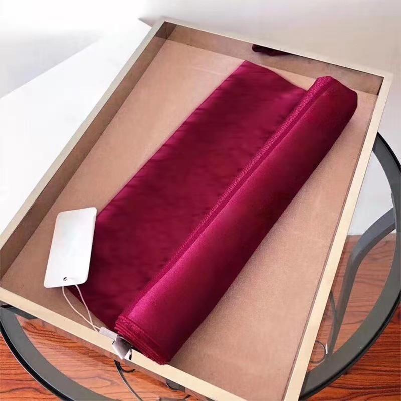 Lettera classica di alta qualità Scarpa da donna 6 colori Nuovi giorni di seta Scialle in cotone Sciarpa con aria condizionata camere Sciarpe senza scatola
