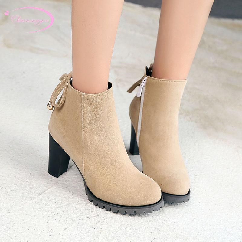 Stivali Stivali europei Casual Style Comodo Testa rotonda Caviglia Caviglia con cerniera Beige Brown Black High Head Heel Donne di spessore