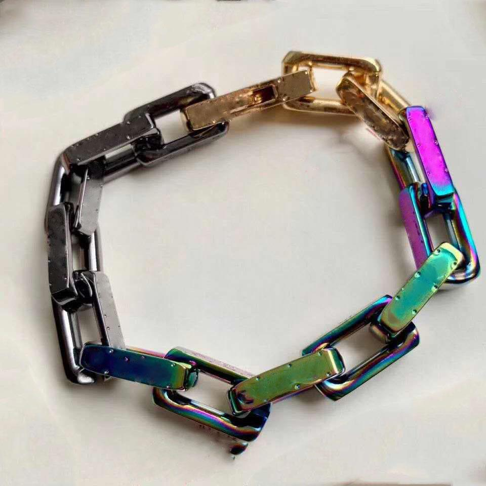 2019 Fashion Womans Beadelets per le donne involucro braccialetti in lega di take con fibbia in lega moda gioielli di moda con scatola Aime9a