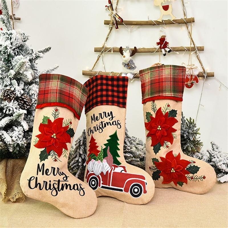 Maxsin 2 pc / lotto Nuovo Decorazione natalizia lino ricamato Macchina Fiore Rosso fumetto creativo Car Old Man Calza della Befana