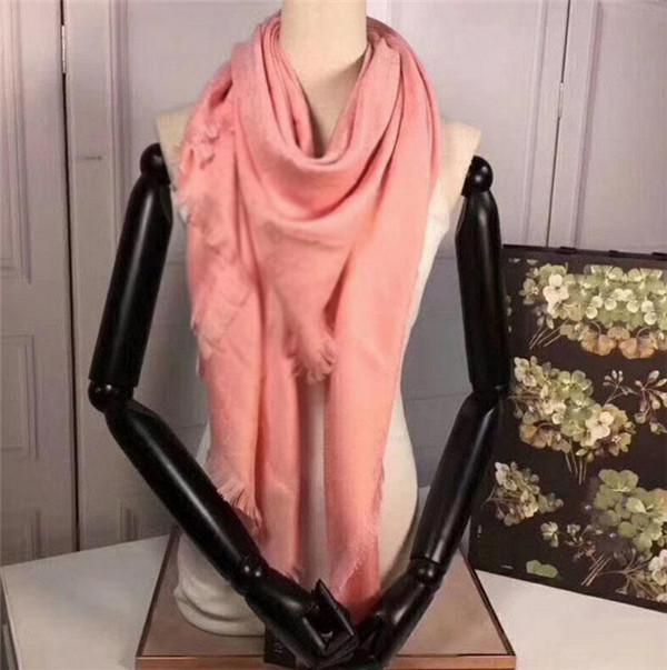 Kadınlar için Yeni Eşarp Mektup Desen Ipek Yün Kalın Eşarplar Sıcak Atkılar Boyutu 140x140 cm JA12X