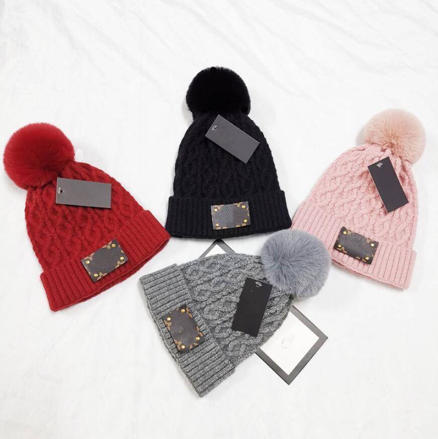 여성 브랜드 니트 비니 모자 겨울 여성 양모 너구리 모피 Pompom 모자 보그 따뜻한 캐주얼 Skullies Beanies 브랜드 솔리드 레이디 모자 모자