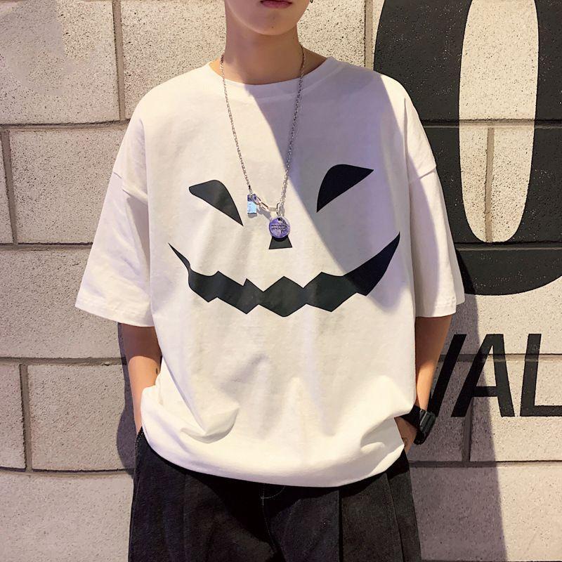 2020 Новая футболка Летняя Свободная печать Короткие Корейский Модный Мультфильм Круглая шея и половина рукава Мужская одежда