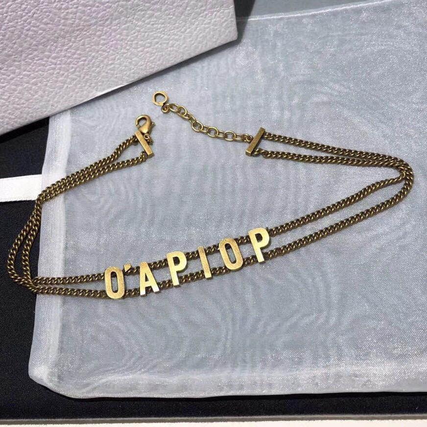 Colares de moda Top Quality Letra Gargantilha Colar Bijoux Link cubano Gelado fora Cadeias Pingente para Lady Womens Party Wedding Gift