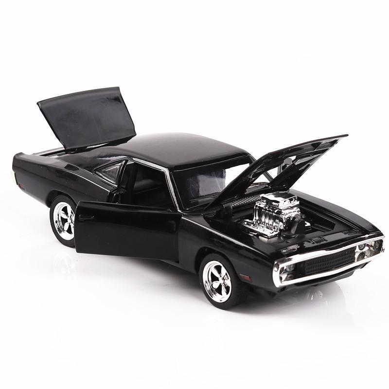 Hızlı Öfkeli Alaşım oyuncak araba Dodge Charger kas araç çocuklar Klasik Metal Arabalar Model Simülasyonu 01:32 7 kişi