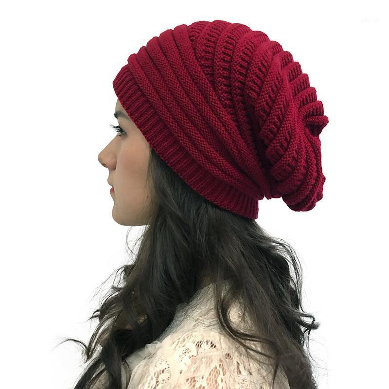 Solid Color Donne Cappello a maglia a maglia Pianura Inverno Casual Sciolto Scoppibile Bonnet Bonnet da esterno Proteggi Earbaggy Ski Cap Beanie1