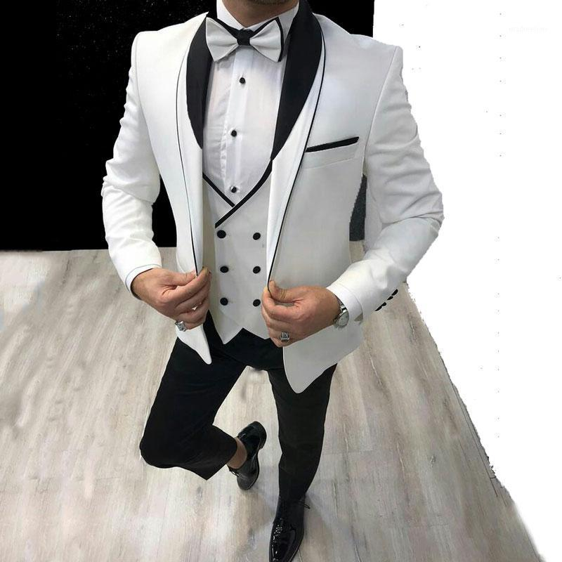 Trajes para hombres Blazers Últimos hombres Design White Groom Boda Smoking Shawl Sapa Terno Masculino 3 pieza Disfraz HOMME TRAJES DE HOMBRE BLAZER1