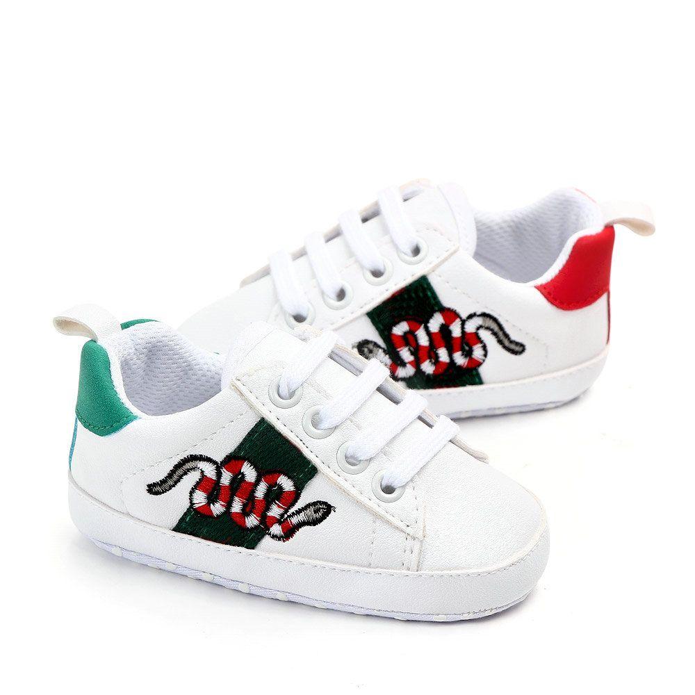 Chaussures bébé nouveau-nées Garçons Filles First Walkers Enfants Enfants En Towdlers Lacets Up Baskets Pu Prewalker Chaussures blanches