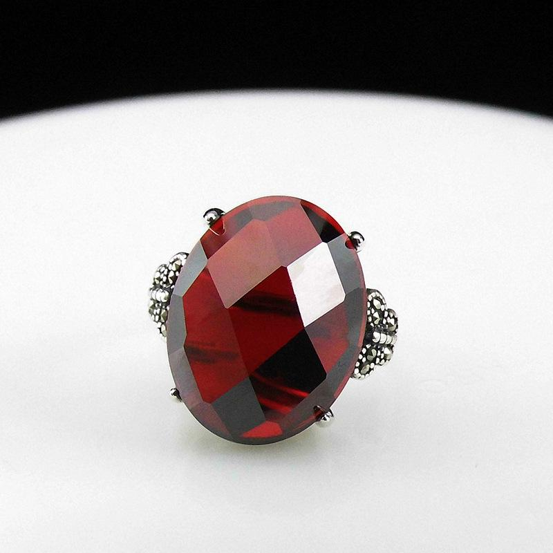 Longbaolong Jewelry S925 Sier Inlaid Natural Green Agate Red Zircon Cut Fashionable Opening Ring