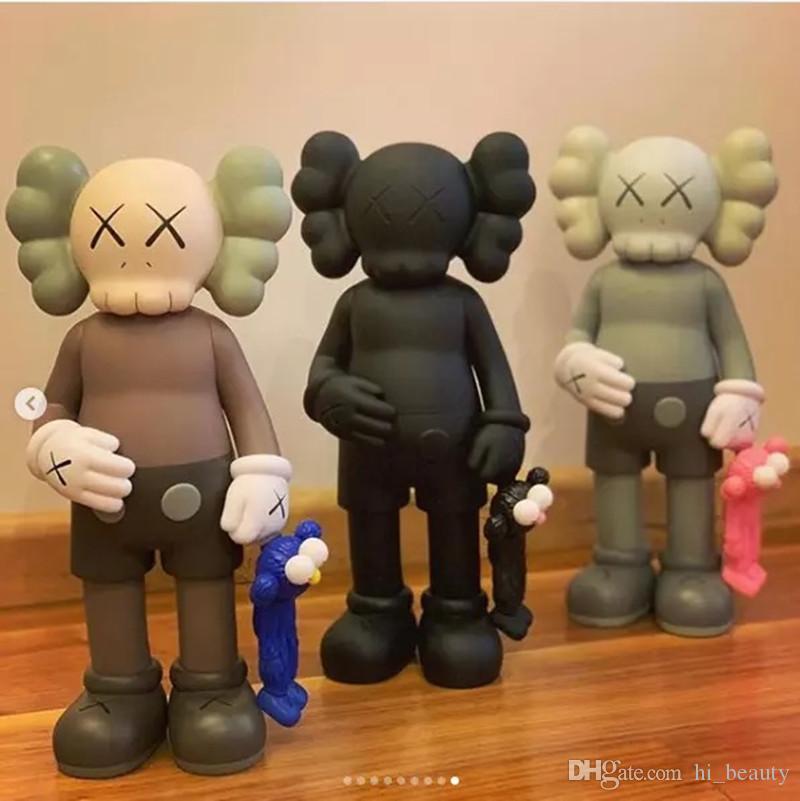 Hot 31cm Box Mandkaws Doll Mano Modello Bambola Toy Trendy Tide Brand Decorazione