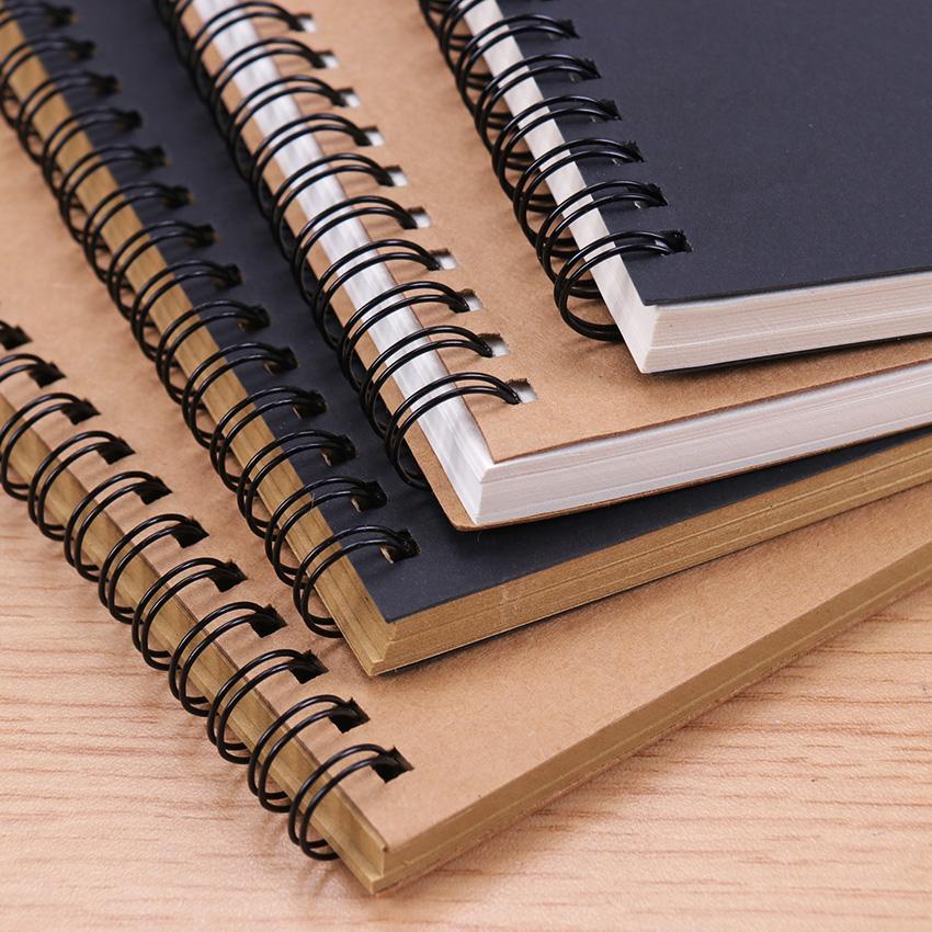 Sketchbook Journal pour dessiner Peinture Graffiti Couverture douce Black Paper Sketchbook Notepad Notebook Ordinateur de bureau Fournitures 1PCC