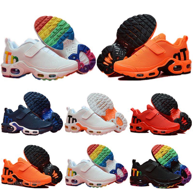 2021 Kids TN Plus Sports Chaussures de course Enfants Garçon Filles Formateurs TN Enfants Sneakers Classic Outddler Sneakers