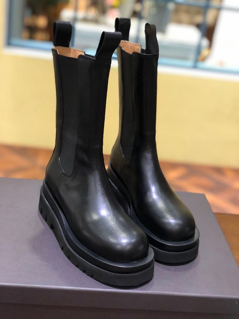 المرأة الفاخرة منصة التمهيد مصمم النساء الأحذية منتصف العجل الأحذية في العاصفة كوير ماركة مربع أصابع مريحة عارضة المرأة الأحذية