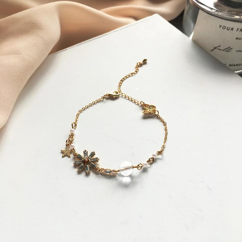 Femmes Bijoux Chaîne Bracelet Sweet Coréen de haute qualité Cristal Perles Star Butterfly Charm Bracelet pour fille Girly Cadeaux1