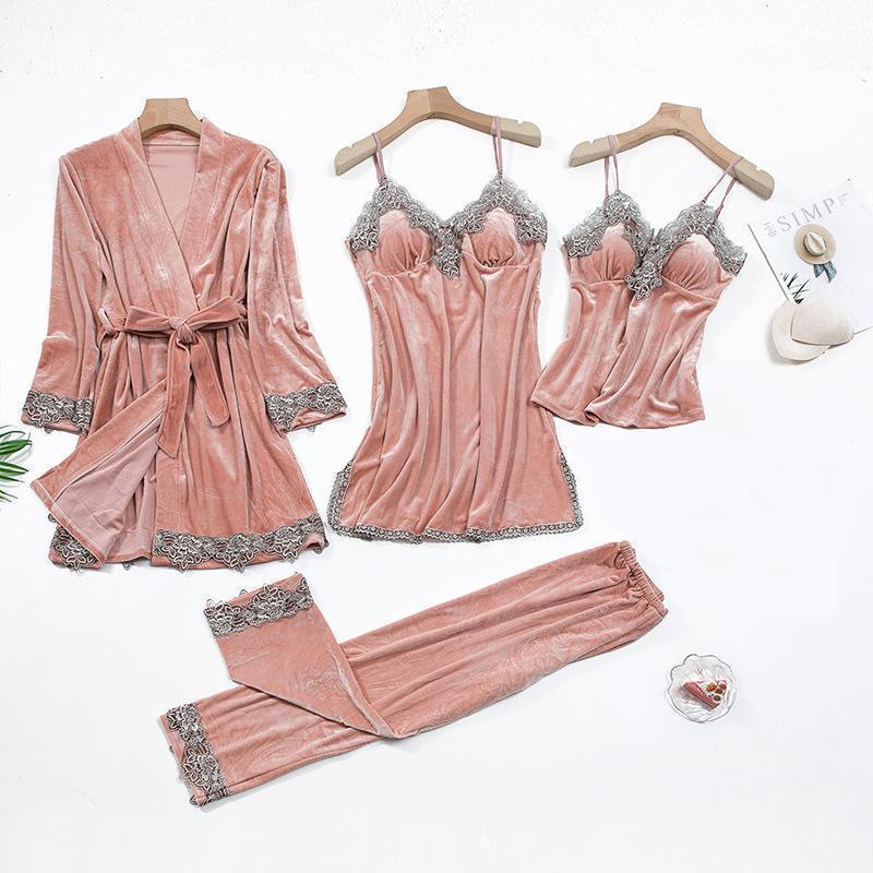 Robe Set Automne Hiver 2020 Neuf Gold Velvet Pyjamas Sexy 4 pièces Set avec pavé de poitrine Dames Service à domicile Pajamas1