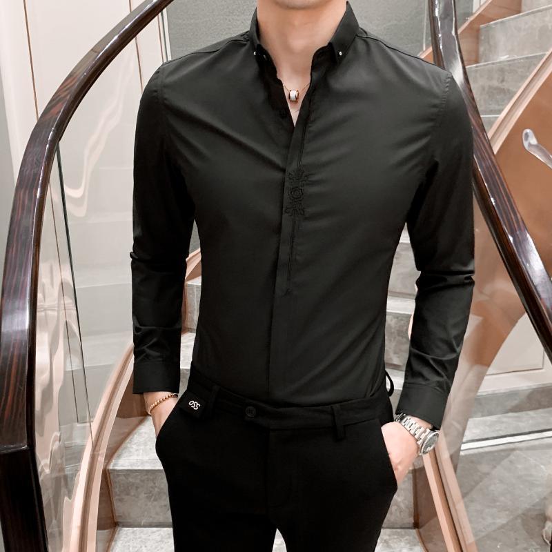 Мужские повседневные рубашки 2021 осенью мужчина молодой британский ветер с длинным рукавом молодежь тонкий вышивка рубашка вышитая сплошное цветное пальто