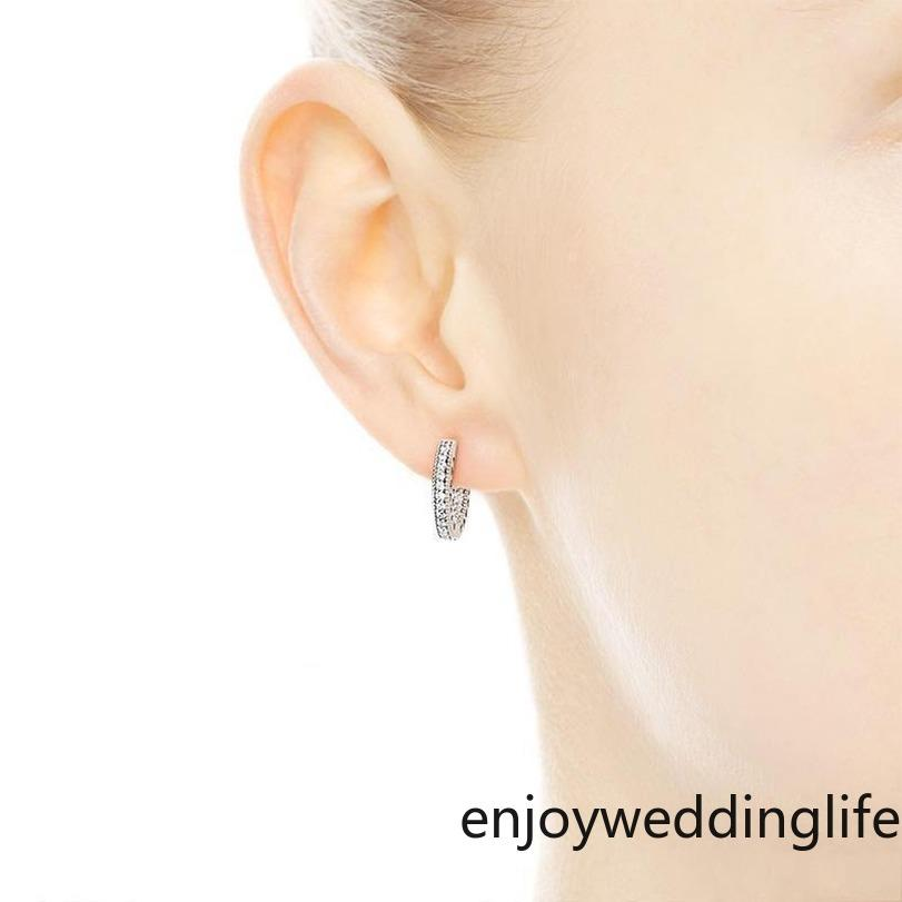 In Stock 2021 Pavé Heart Hoop Earrings 925 Sterling Silver small ear ring for Women Mens EARRING Gift Bridal Wedding Jewelry FY4322