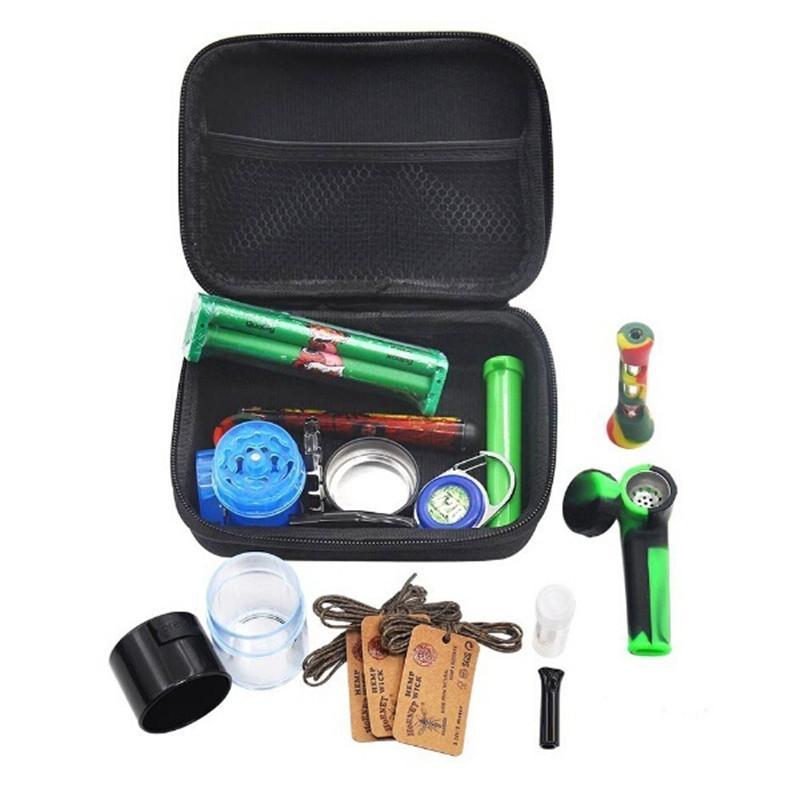 Haut de gamme Accessoires pour Fumer Sac Kit Portable Traveling Case Dabber avec Grinder Pot de rangement Herb Tin Silicon pipe Un Hitter Pirogue