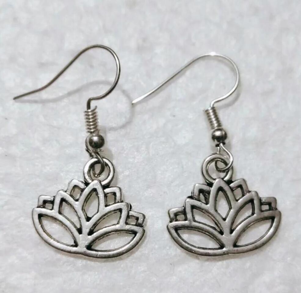 NEW fast shipping Metal Crescent Alloy Pretty lotus Earring Friendship Charm Drape Earring DIY Women Jewelry Gifts 245