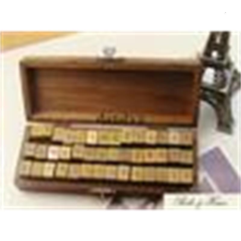 El envío libre / nuevos 42 / las letras creativas Número Stamp Set / caja de madera / trabajo decorativo de DIY / al por mayor
