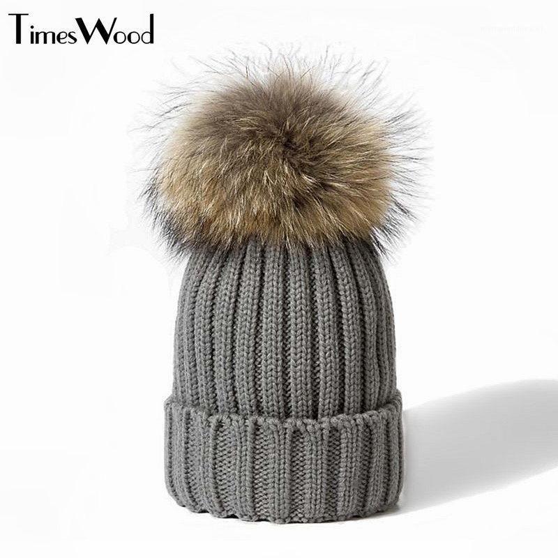 Real Piel Sombrero de punto Real Big Mapache Pom Pom Hat Hat Hombre Winter Unisex Unisex Cálido grueso grueso Tapas de punto de punto con Pompom1