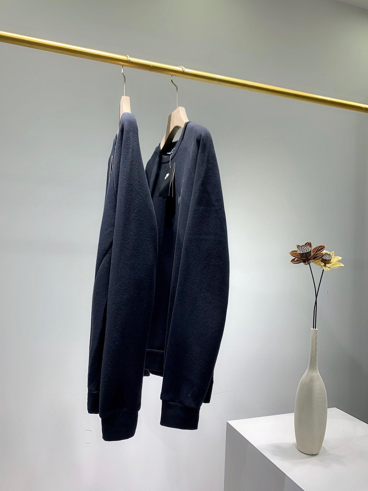 2020 Hommes Pull Fashion Tendance coton Tissu col rond Slim confortable équipée Coffre imprimé Tout-match Pulls pour hommes et femmes