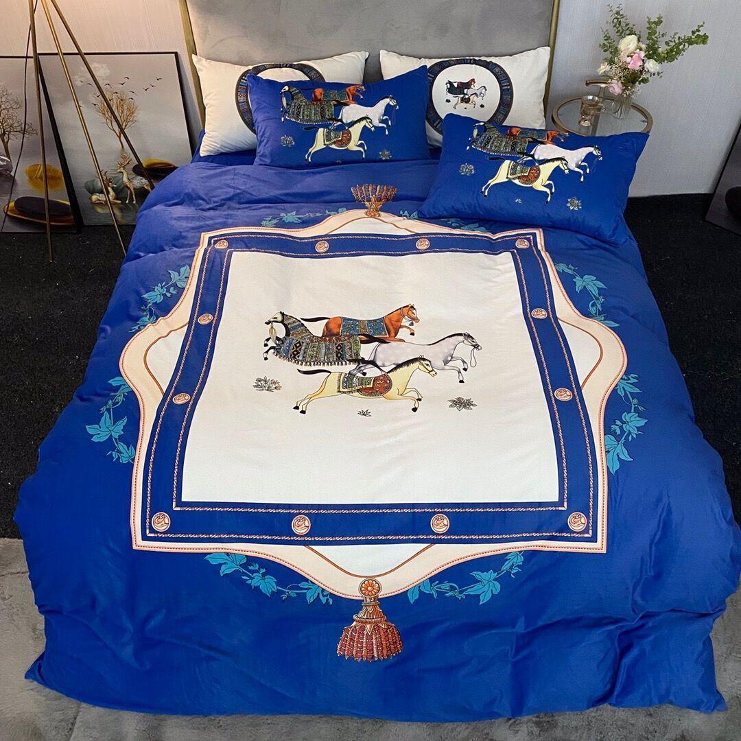 2021 blue bedding sets cover velvet queen size designer bedding 4 pcs set pillow cases horse print luxury bedding sets home decoration