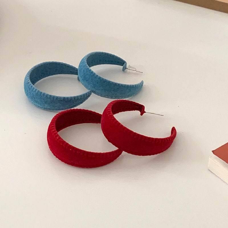 Vintage Rouge Bleu Daim C en Forme de bools d'oreilles pour les femmes 2020 Automne Hiver Mode Bijoux Nouveau Pendientes en gros