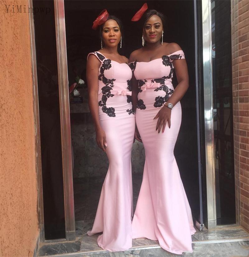 2021 Mermaid Vestidos de dama de honor fuera de hombro Apliques negros de jardín Boda de invitados Gown Gows Dama de honor vestido personalizado