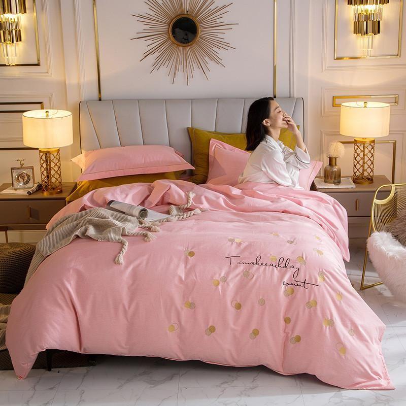 Aus reiner Baumwolle Modern Style Stickerei 4pcs Bett Set Bettbezug Bettlaken Kissen- Fest-Rosa-Grau Blau Grün Soft Home Textile