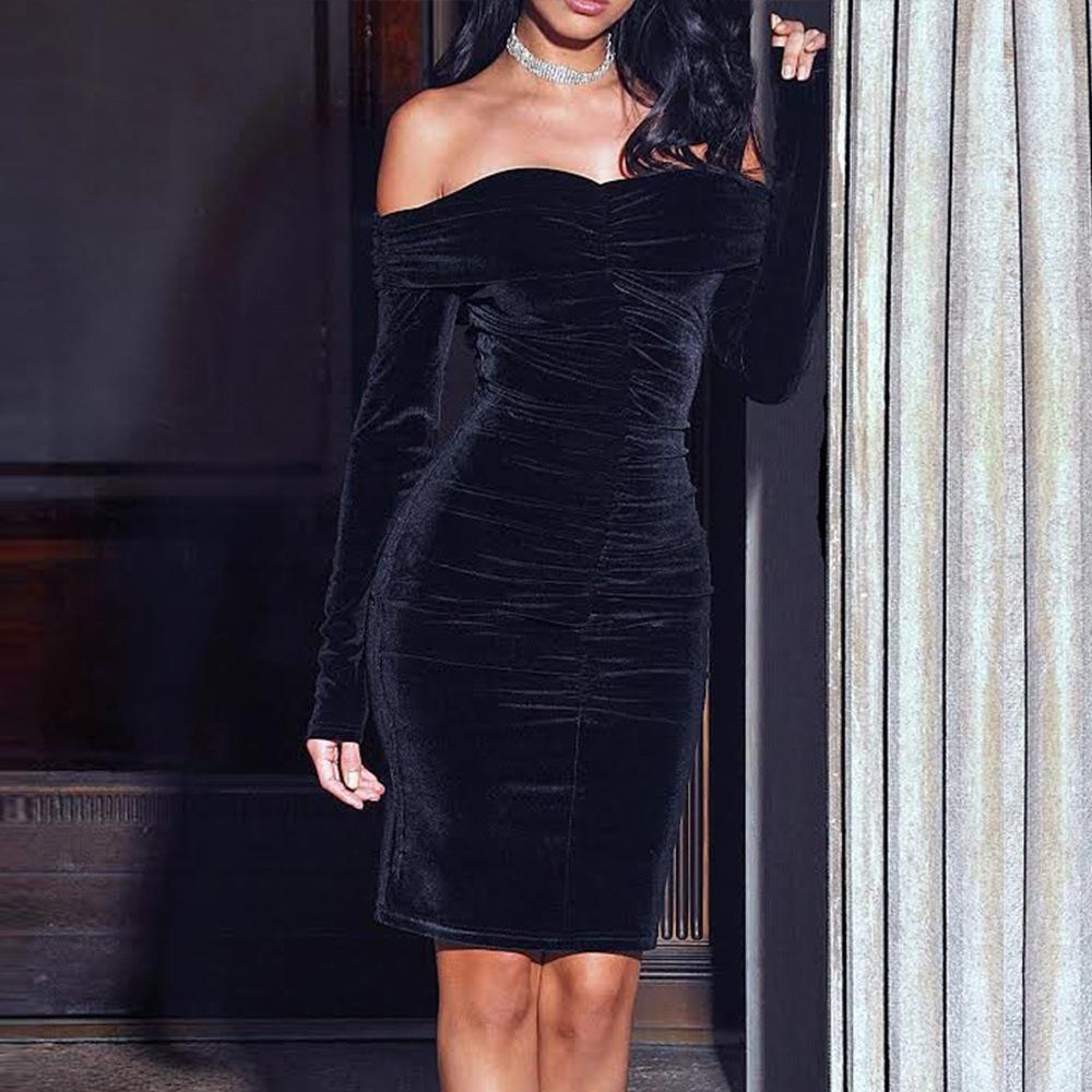 Um vestido de comprimento médio de manga comprida de pelúcia de ombro para mulheres magra e sexy outono e vestido de inverno s-2xl