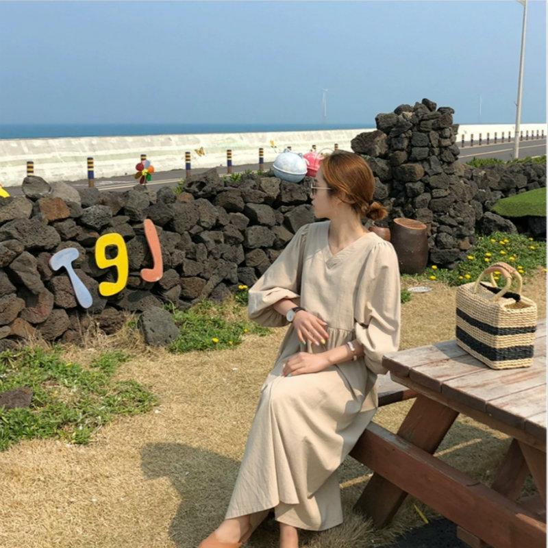 2020 лето Элегантные вскользь Корейский V-образный вырез Сыпучих сплошного цвета платье фонарики рукав ретро длинное платье