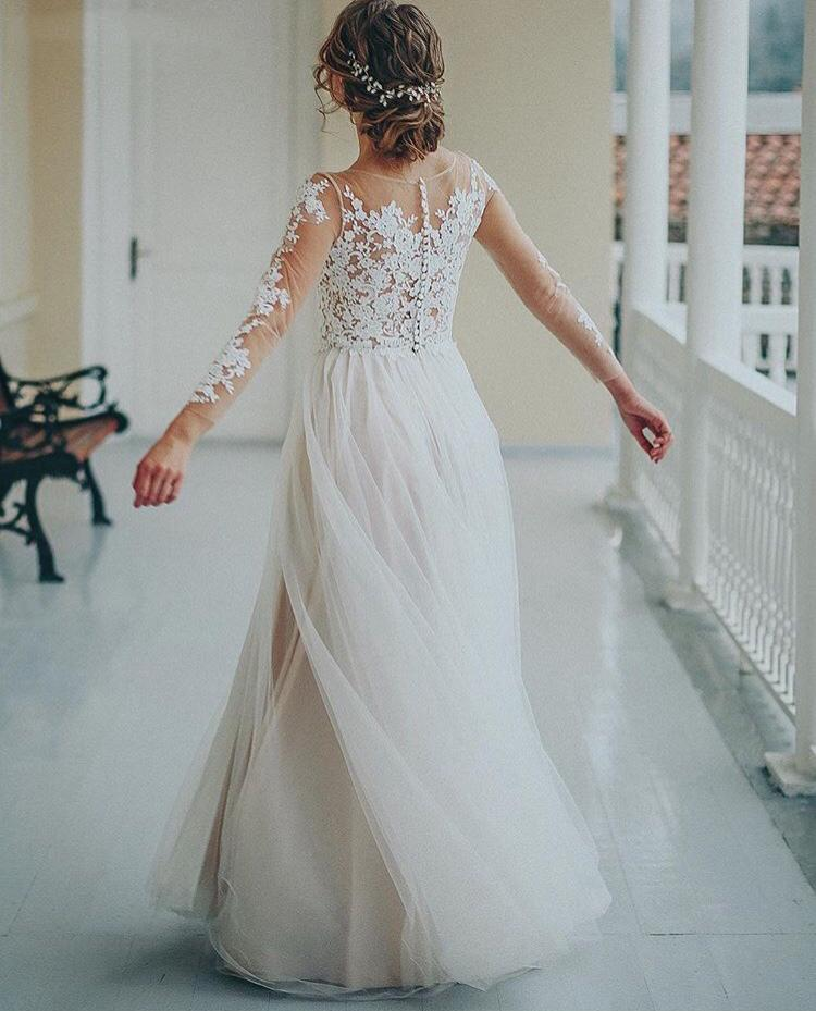Pretty A Line Lace Wedding Dress Boho Beach Garden Bridal Gowns Illusion Long Sleeves Simple Bride Dresses Tulle Back Covered Buttons Vestido