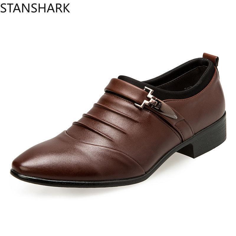 Homens Outono Primavera casamento formal sapatos de luxo Homens Dress negócios sapatos mocassins Pointy couro Big Size 38-48