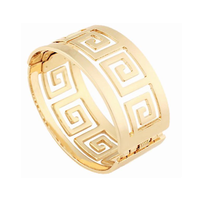 Quality Fashion Women Bracelets Hollow Geometric Wide Bangle 18K Gold Plated Metal Buckle Cuff Bracelet for Women Wedding Jewelry Gifts