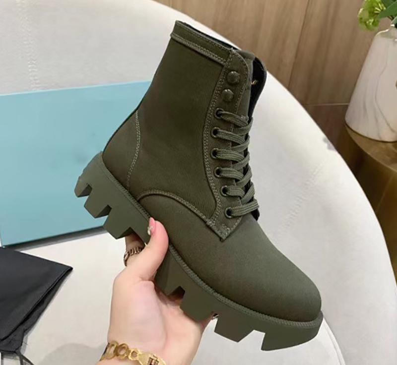Lacets bottes courtes rétro polyvalent et belles bottes Martin à semelles épaisses et moto ont augmenté bottes simples avec la boîte et le sac à poussière